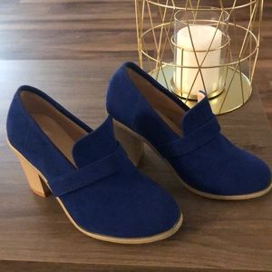 Shoes - 🍁FALL SALE🍁💙 Blue Suede Shoes 💙 NWOT